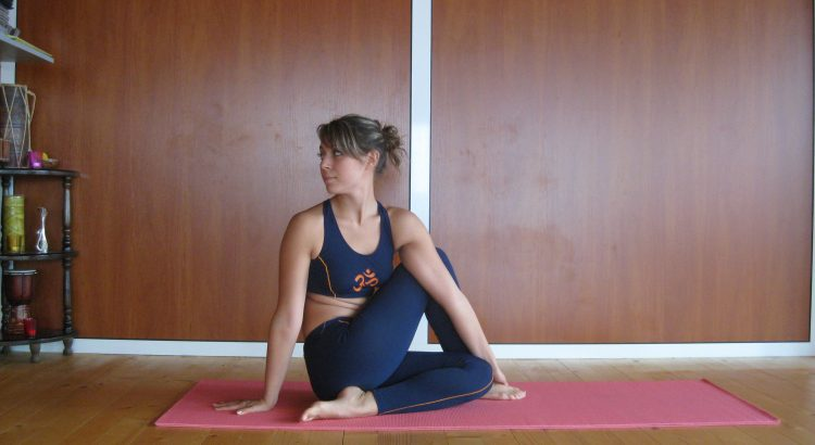 Yoga And Pranayama For Women by Dr arora and team